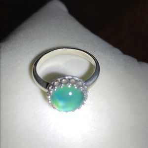 Sterling Silver Color Changing stone Ring 6.75